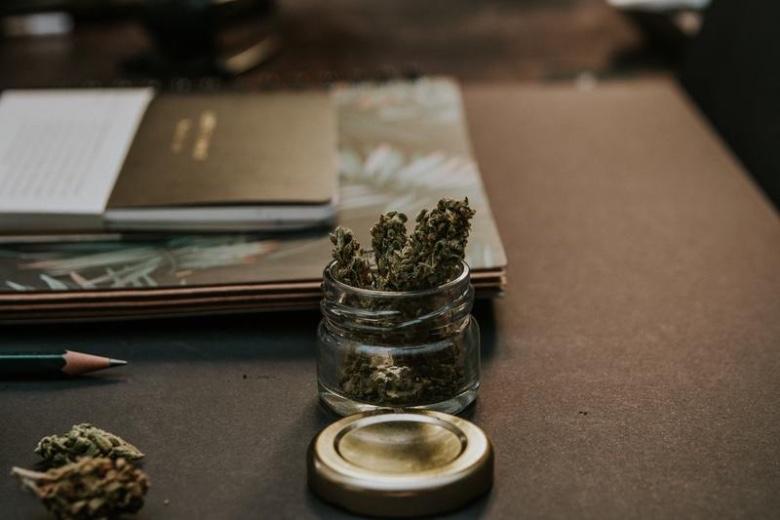 consigli marijuana light conservazione