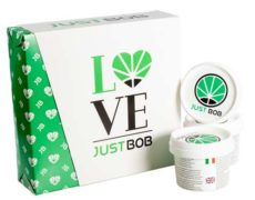 3 varietà di cannabis light nel kit Gold